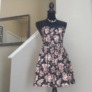 Band Of Gypsies/ Floral/ Fit & Flare/ Mini Dress